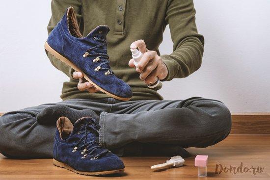 opryskivanie-spreem-obuvi-iz-zamshi