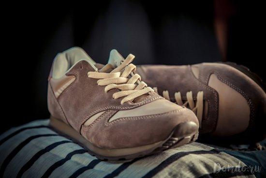 Как стирать замшевые и кожаные кроссовки