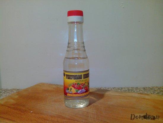 butylka-stolovyj-uksus-uksusnaja-kislota